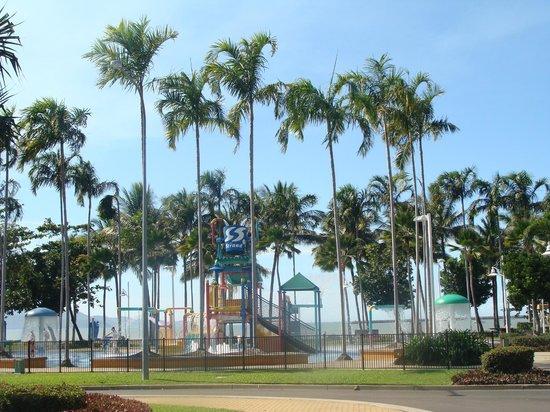 The Strand: Water playground