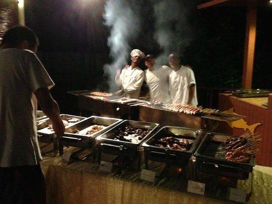 Borneo Divers Mabul Resort : BBQ