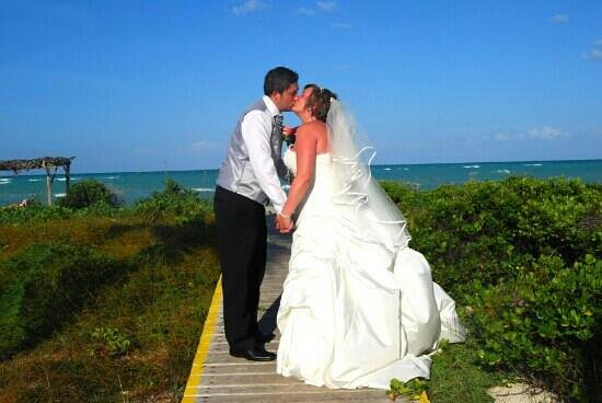 our lovely wedding at sol cayo guillermo