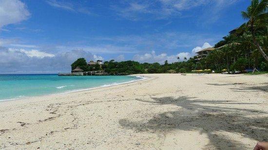 Boracay Ecovillage Resort and Convention Center: peaceful Punta Bunga beach