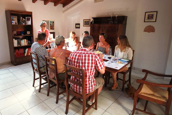 Villa Monteleone: Vinprovning