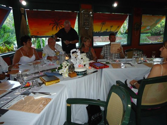 Kikau Hut Restaurant: Fabo Table setting
