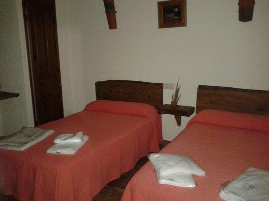 Casas Rurales El Portillo Rio Segura : Dos camas amplias