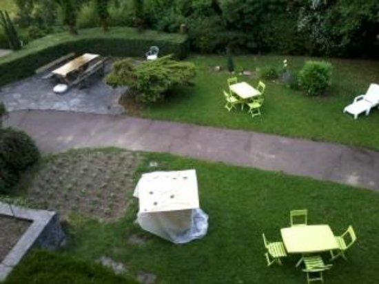 Hotel Bellevue: garden