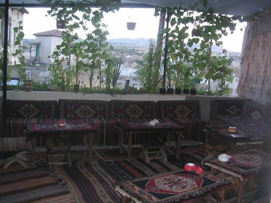 Hisar Teras Cafe Bar: Bar Balcony