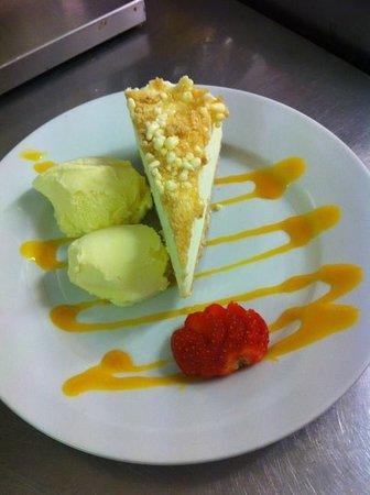 Horse and Jockey Restaurant: We serve lovely deserts only £3.95