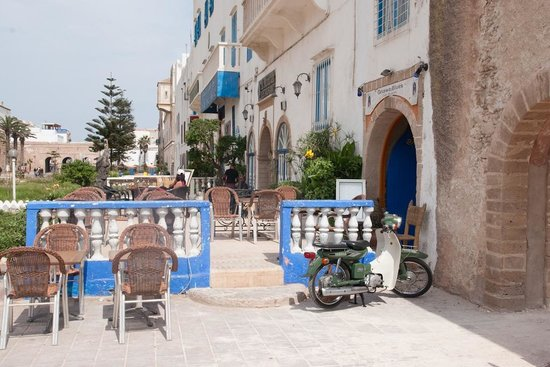 Gnawa Blues : The square