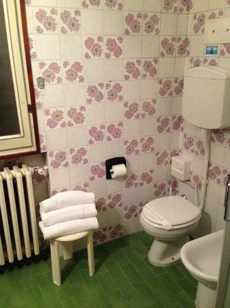 Astoria Hotel Bologna: bagno