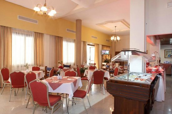 Crown Inn Hotel : Restaurant