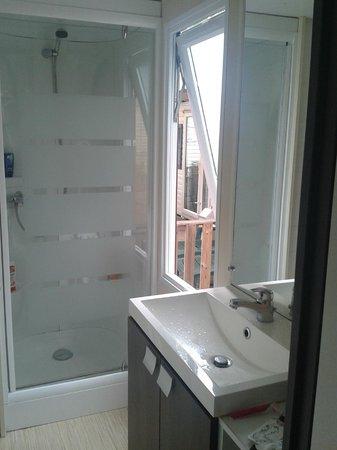 Var Mobil Home: Duschebereich