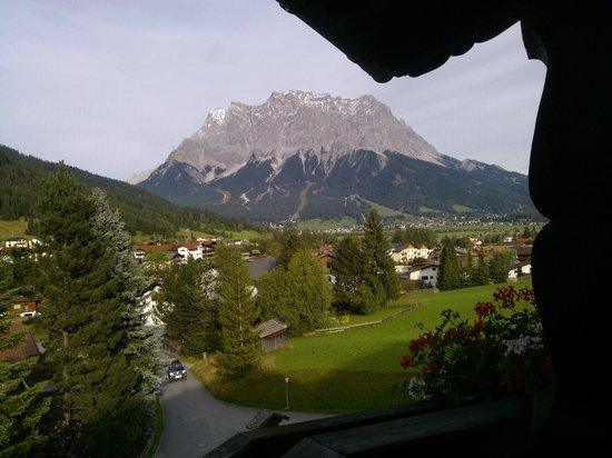 Hotel Klockerhof: Ausblick auf die Zugspitze