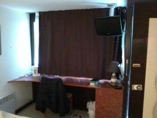 Hotel Restaurant des Lacs : Room