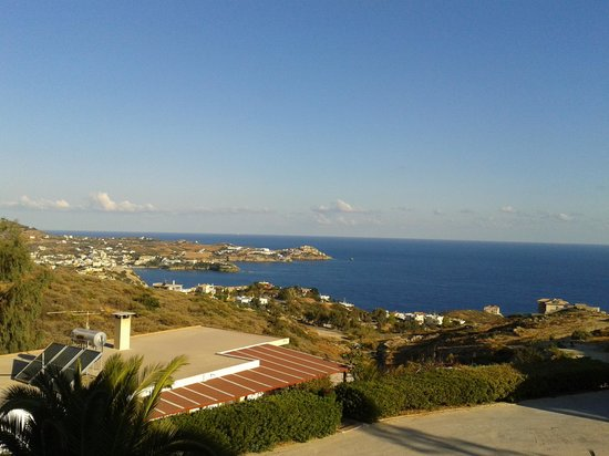 Spiros-Soula Family Hotel & Apartments : The view from our room