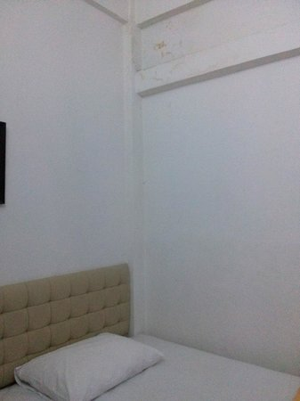 Nine Place Sukhumvit 81 : Room of the branch rama IV