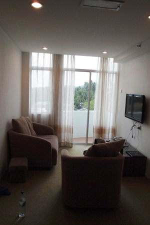 Simfoni Resort: living room is spacious