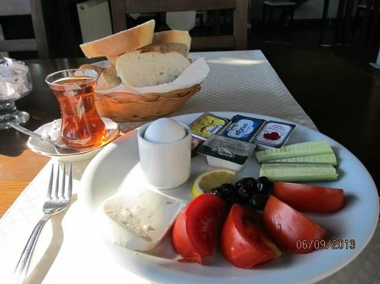 Airport Inn Hotel: Breakfast