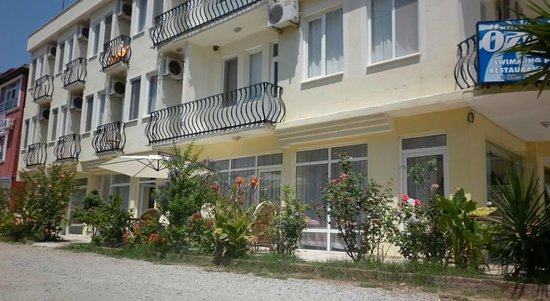 Ozgur Hotel