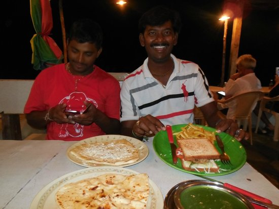 Archana Guesthouse: Most wonderful foods displayed by Ravi