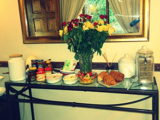 Sylvern B and B : Delicious full English breakfast served in the dining room