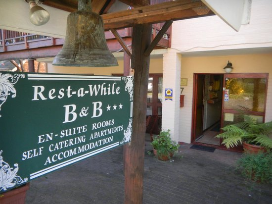 Rest-a-While Lodge : Eingangsbereich
