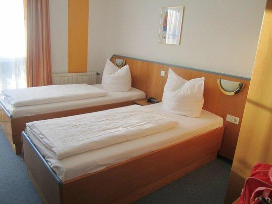 Businesshotel Berlin: schönes Zimmer