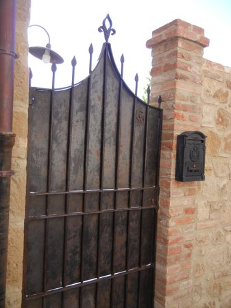 Casa Moricciani : Gate to heaven