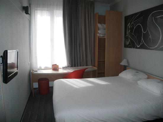 Hotel ibis Daumesnil Porte Doree : la chambre