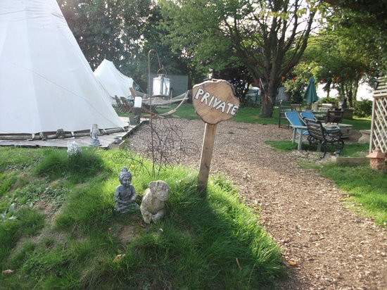 Norfolk Glamping & Yurt Holidays: entrance to site