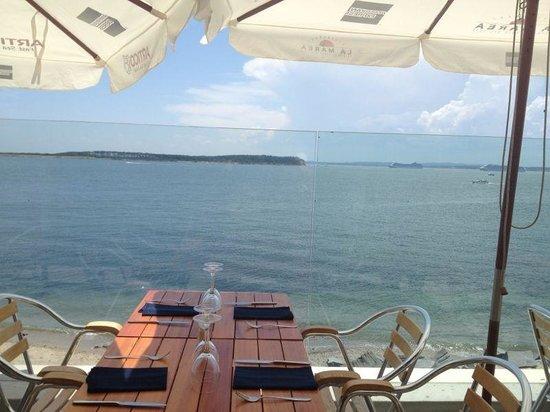 La Marea: Vista das mesas externas