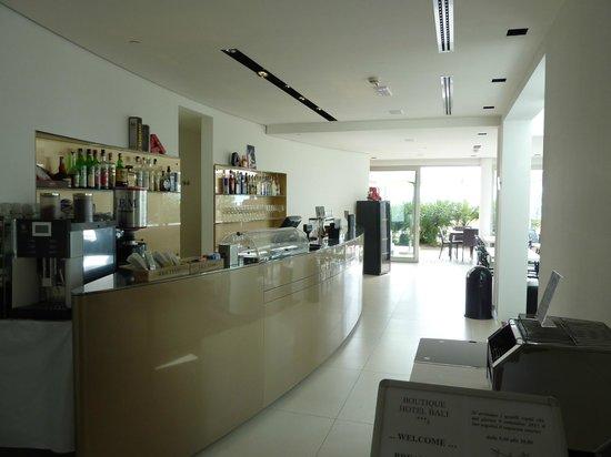 Hotel Bali: Bar, Cafe
