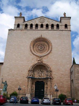 Basilica De Sant Francesco