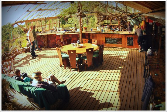 Wild Spirit Lodge and Backpackers: Main deck