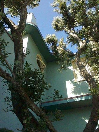 Ocean Park Motel : Streamline moderne at its lovely best
