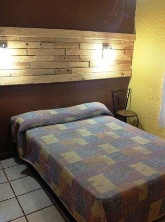 Hotel Posada de la Media Luna: Habitacion sencilla 1 o 2 personas