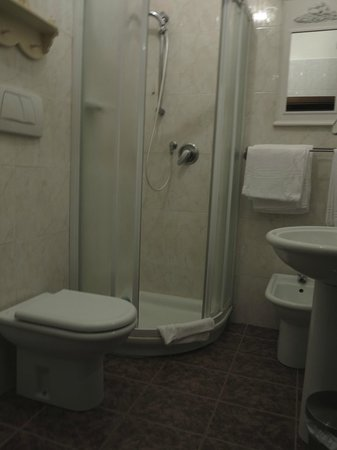 Al Pozzo B&B : La salle de bains