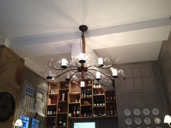 Les Rillettes : I'm in love with this chandelier