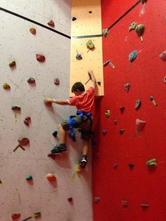 Climbing Naturaliste: Bouldering