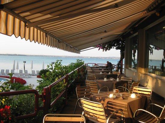 Hotel Continental: Lovely outside terrace for breakfast