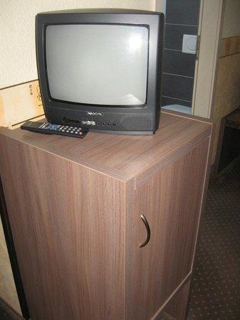 Hotel Ostruvek : stanza