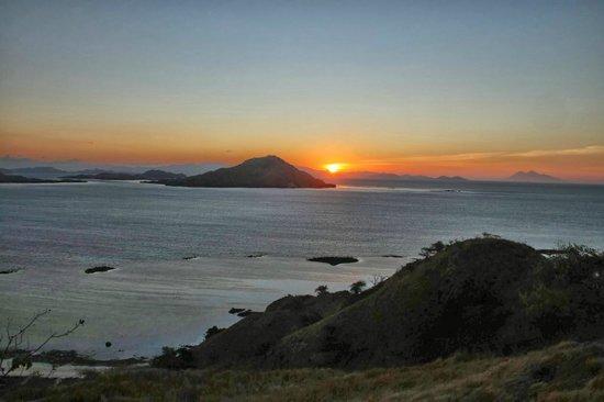 Kanawa Island Resort: Puesta de Sol en la Isla