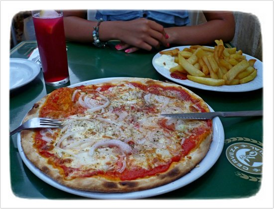 pizza photo de little italy nerja tripadvisor. Black Bedroom Furniture Sets. Home Design Ideas