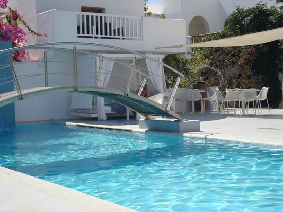 Aressana Spa Hotel and Suites: Cute pool. highlight