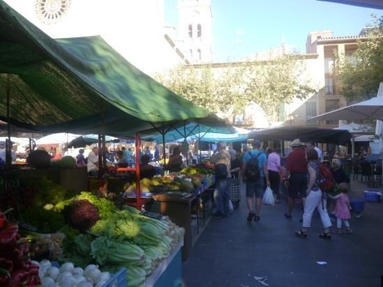 Placa Major: Market Day