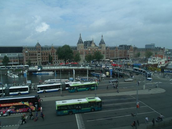 Park Plaza Victoria Amsterdam: View from our room