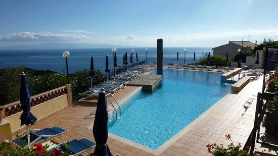 Hotel Sirius Pool Picture Of Sirius Hotel Taormina Tripadvisor