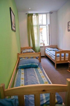 Hostel Yellow: Pokój 3-osobowy / Triple room