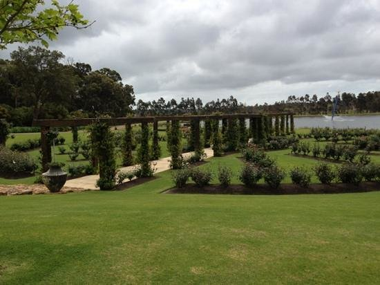 Laurance of Margaret River: Beautiful gardens.