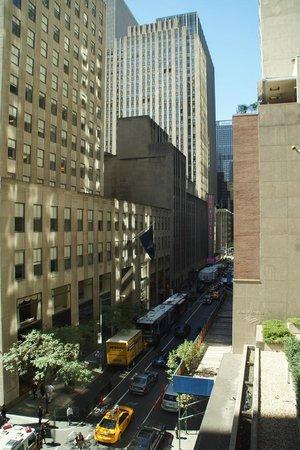 The Jewel facing Rockefeller Center: Jewel Rockefeller Center
