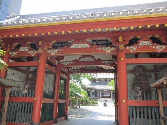 Zenkoji Temple: 山門