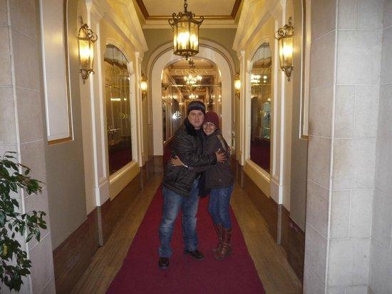 Carsson Hotel: Llegando entrada del hotel, bien ubicado en la Florida
